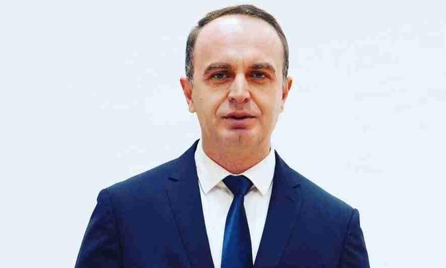 kryetari-i-tuzit-gjeloshaj-po-diskriminohemi-nga-qeveria-vendimi-eshte-politik