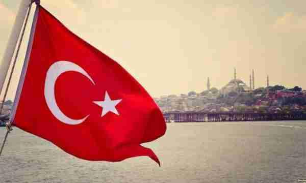Turqia sjell ndihma në Maqedoninë e Veriut për përballje me koronavirusin